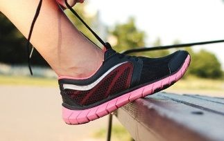 Best Running Shoes For Bunions Header image