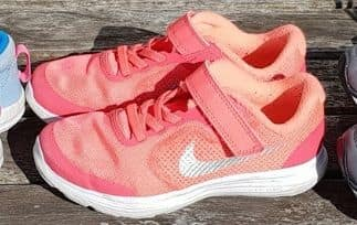 best cushioned running shoes for back pain HI