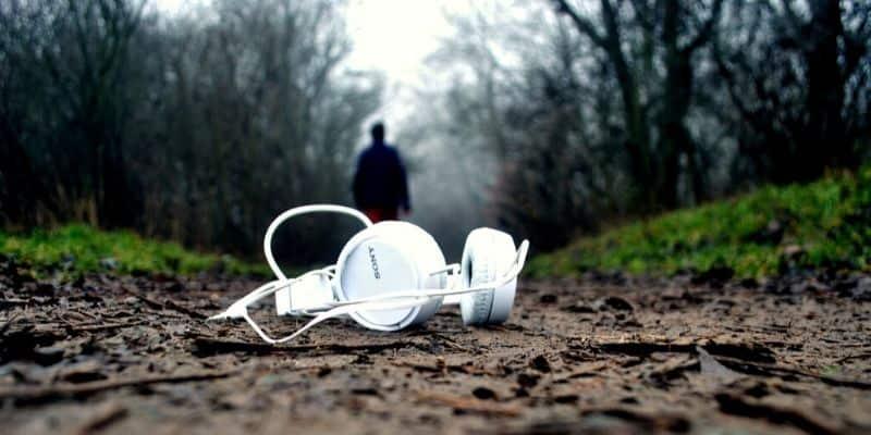Run in the dark tip - no Headphones-min