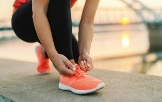 Best running shoes for varicose veins-min