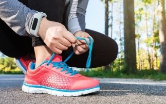 Best running shoes for plantar fasciitis-min